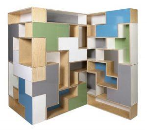le librerie Tetrad Shelves realizzati da Brave Space Design di Brooklyn NY sono modulari e componibili composti dai pezzi del gioco