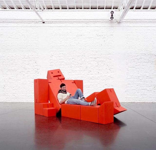 robot Progettato da David Weeks per Quinze Toy Cubebot è tanto una scultura come è mob