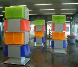 robot libreria è stato progettato da IDM Coupechoux un designer di mobili industriale francese.