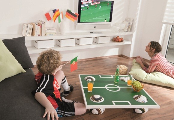 sport calcio world-cup-football-themed-party-food-coffee-table-soccer-field-top (1)