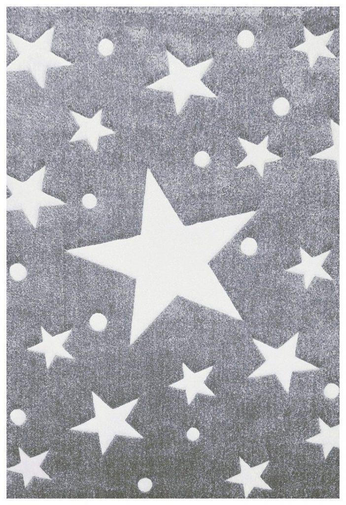 Un arredamento di design…spazziale! - image amazon-Tappeto-per-bambini-Happy-Rugs-STELLA-grigio-bianco-120x180cm-di-livone-702x1024 on http://www.designedoo.it