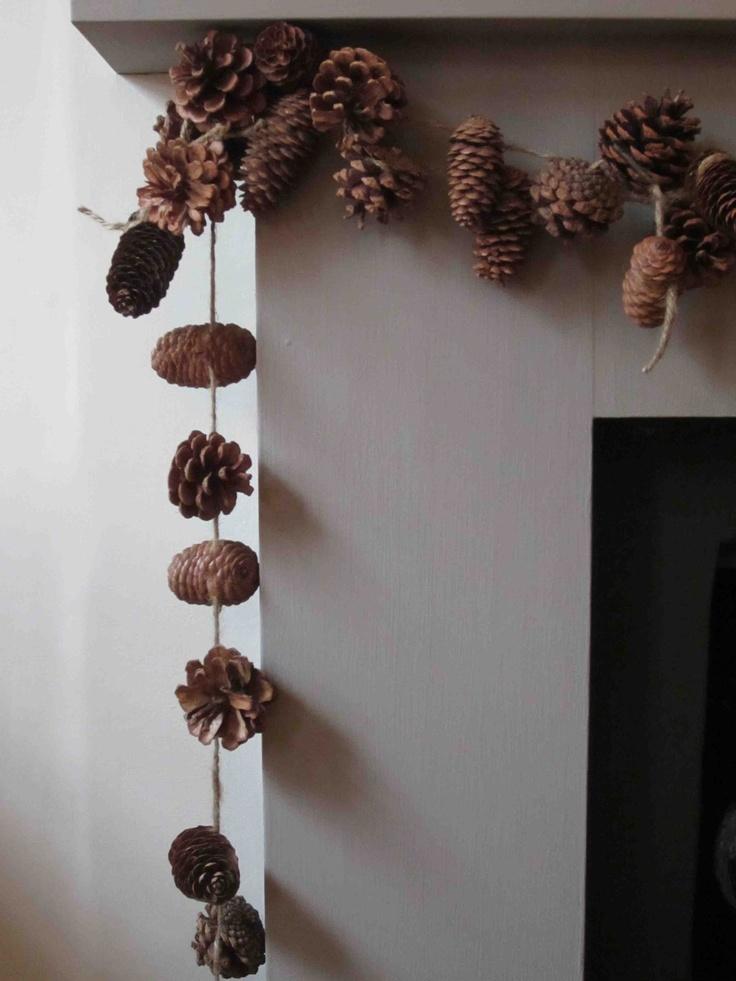 Fai da te ghirlande e festoni per tutte le occasioni speciale ghirlande luminose architettura - Decorazioni con le pigne per natale ...