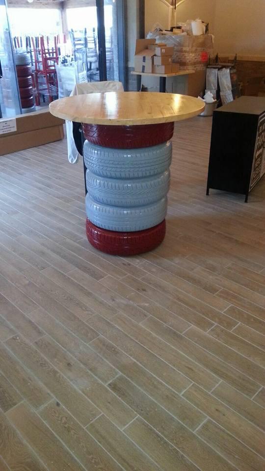 riuso creativo tavolo pneumatici