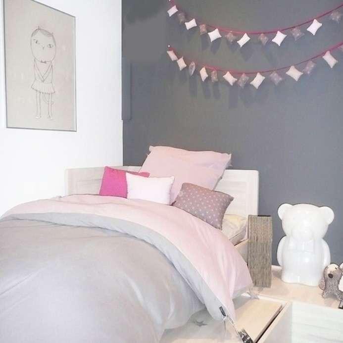 Camera Da Letto Con Pareti Asimmetriche Bianco E Grigio Interior Design : Arredare con il grigio architettura e design a roma