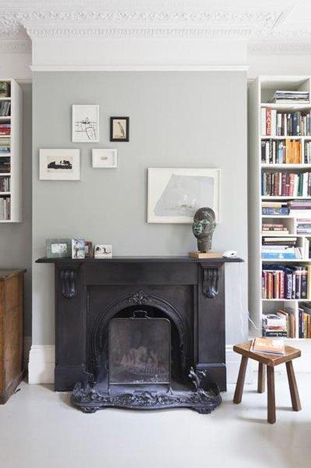 Free grigio perla alle pareti stucchi ed un maestoso camino per un classico with pareti grigio perla - Cucine grigio perla ...
