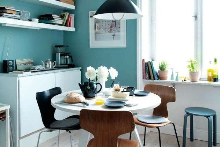 Foto Pareti Colorate : Pareti colorate e arredi chiari e in legno architettura e design