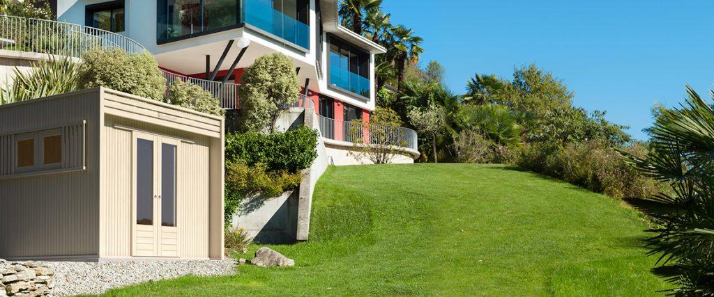 Casetta in legno per il vostro giardino - image casette2-1024x427 on http://www.designedoo.it