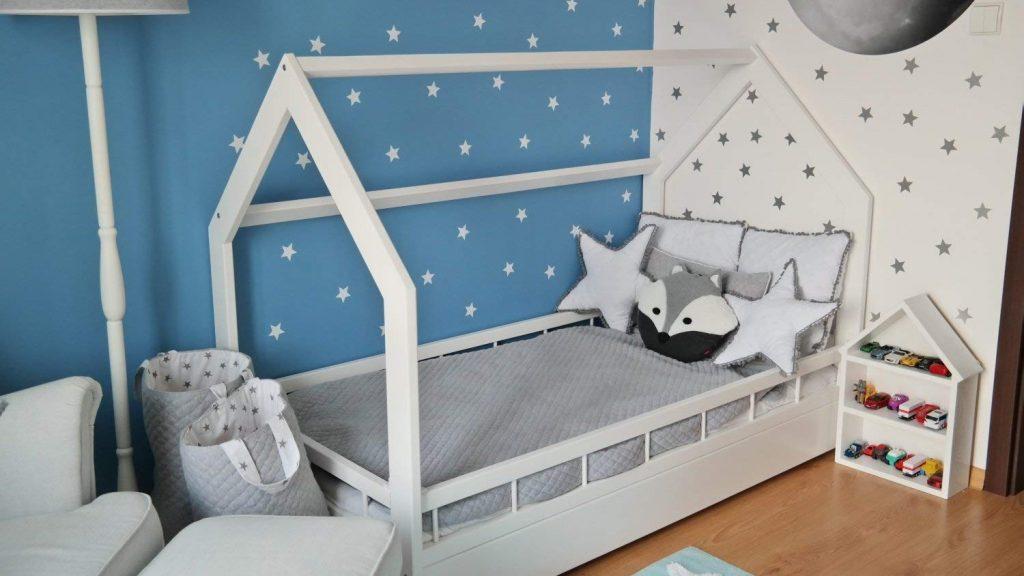 Stile nordico per i letti a casetta - image amazon-etto-casa-in-legno-stile-scandinavo-nordico-bambino-cameretta-160x80-sponda-1024x576 on http://www.designedoo.it