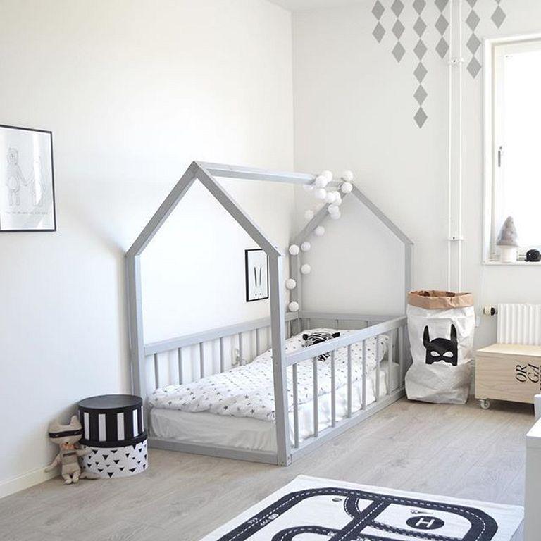 Stile nordico per i letti a casetta - image decorazioni-lucine on http://www.designedoo.it