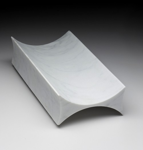 carraravassoio c entrotavola  in marmo prototipo del 1992 design by paolo ulian
