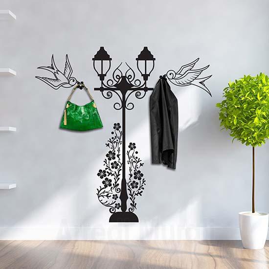 Passione decorazione: come gli adesivi murali possono donare carattere e personalità ad un ambiente - image adesivi-murali-appendiabiti-rondini on http://www.designedoo.it