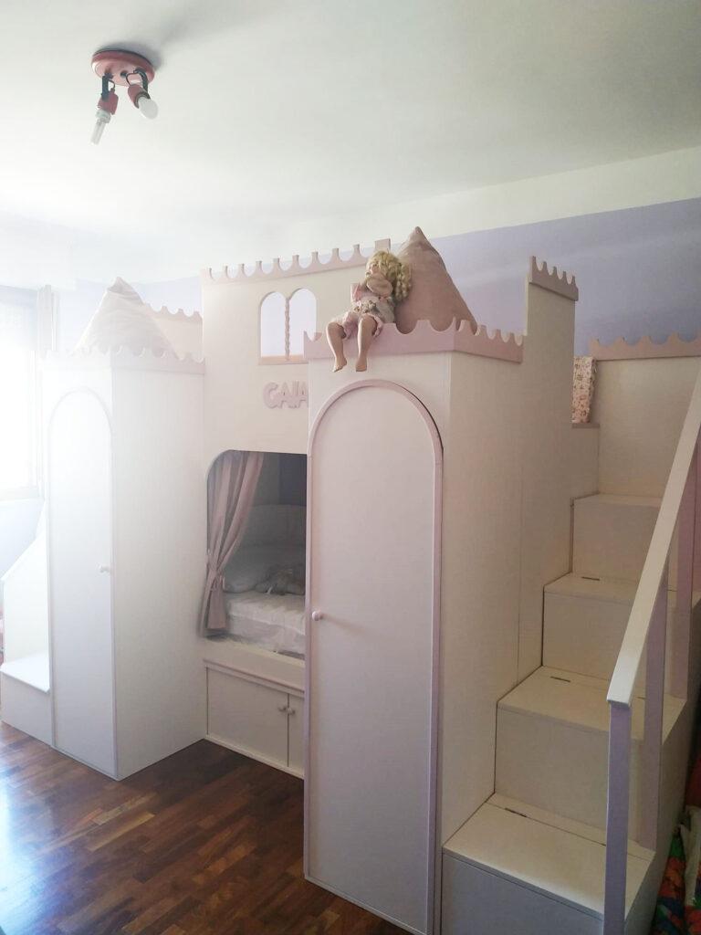 Letto a forma di castello
