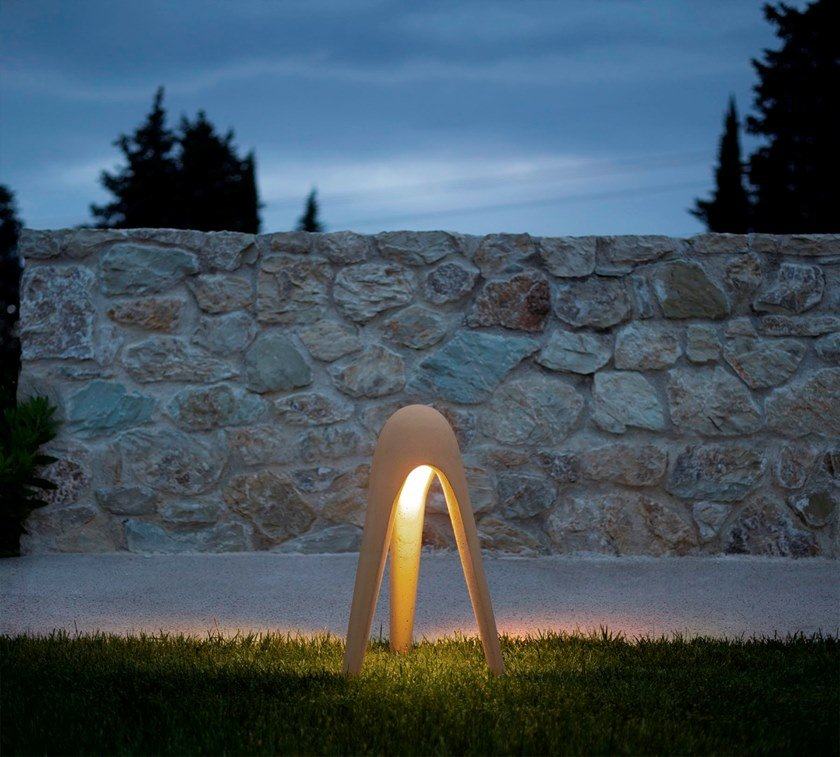 Sistemi di illuminazione esterna: lampade Martinelli Luce - image luce-b_CYBORG-OUTDOOR-Martinelli-Luce-387702-rel6dfa3d04 on http://www.designedoo.it